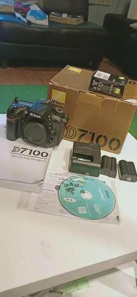 Nikon d7100 kondisi 99% full set body only