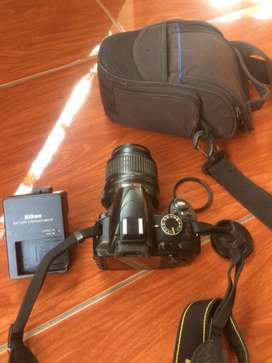 Kamera Nikon D3100 lensa kit