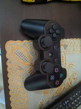PlayStation 3, SuperSlim, 500GB, 7 Games, 1 Controller.