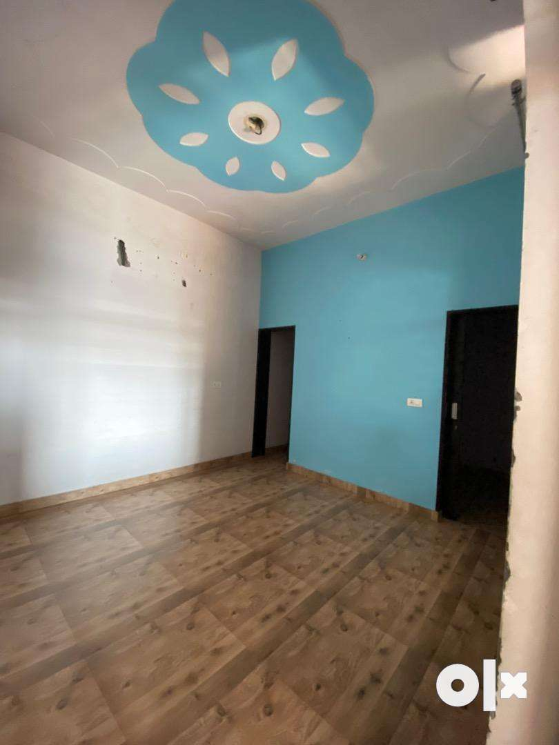 PG for girls or semi-furnished 3 bedroom floor for rent 0