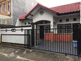 Rumah Strategis Dijual Di Babatan Pratama Surabaya