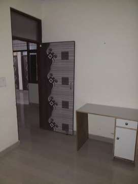 For Rent :-Indpandent 1BHK with Balcony in Mayur vihar Extn 1