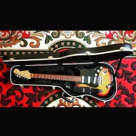Dijual gitar Fender Stratocaster USA