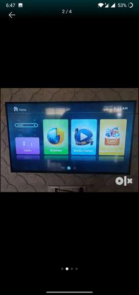 "Smart tv 50"" 100% condition"
