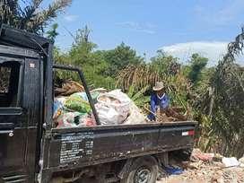 Semeton Bali Buang Puing Siap