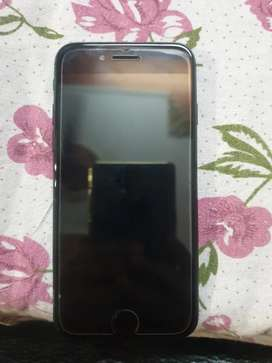 Iphone 7 128gb good condition black colour