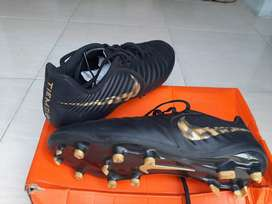 Nike Tiempo Legend 7 Club FG Soccer