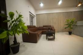 Female grils and ladies jobs available beauty parlour spa services