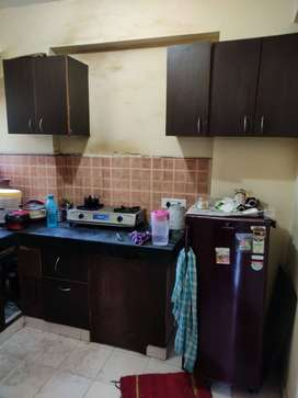 Available 2Bhk flat at metroplis city