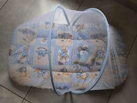 Babyhug Baby Bedding set with Mosquito Net