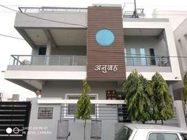 Independent 3 BHK Available from 1 November in luxurious bungalow