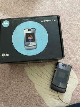 Motorola razr v3i brand new