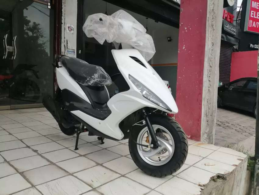 125cc scooter fully automatic 0