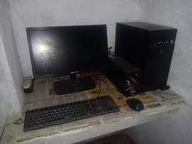 Computer win,keyboard,mouse,battery,cpu,window 7,desktop