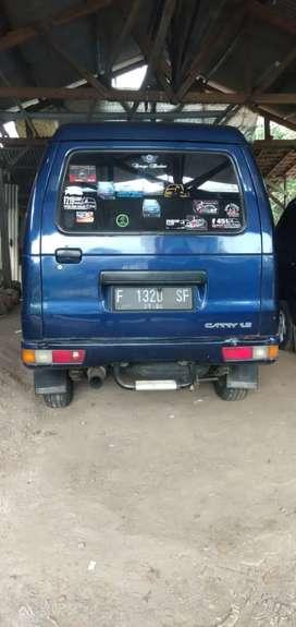 futura minibus 2004
