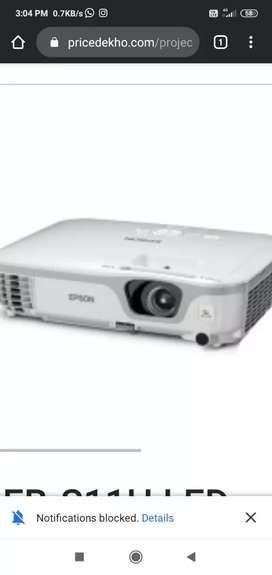 Projector epsone3200lumens, screen