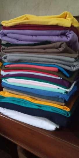 Karyawan toko kain