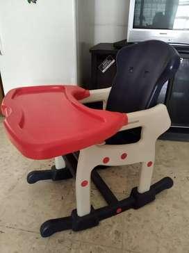 Kursi makan bayi merk pliko