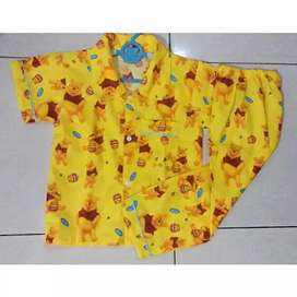 Piyama anak motif winnie the pooh