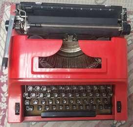 Typewriter Hindi Remington travel riter