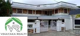5025sqft 6BHK Posh Furnished house 15 Cent Kathrikadavu. Kaloor ₹4.5Cr