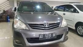 Toyota Innova 2.5 G diesel matic 2010