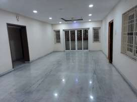 4bhk flat for rent in Porur just 40 meters from Porur toll plaza.