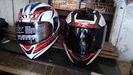 helm zeus 811 white black