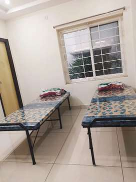 PG Accommodation for working employees and students with homely food