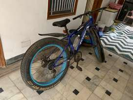 Ft tyar cycle frsh condtion no problem