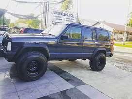 Jeep cherokee xj 4.0 MT