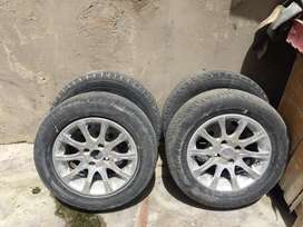 14Size Rim Available with Tyre