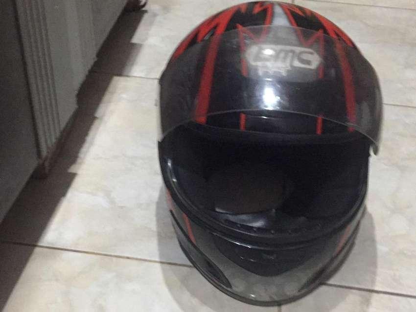 helm merk BMC berSNI ( kondisi sip dan apik jarang di pakai )