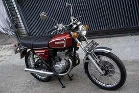 Suzuki twin Gt185 1974 antik klasik istimewa untuk display koleksi