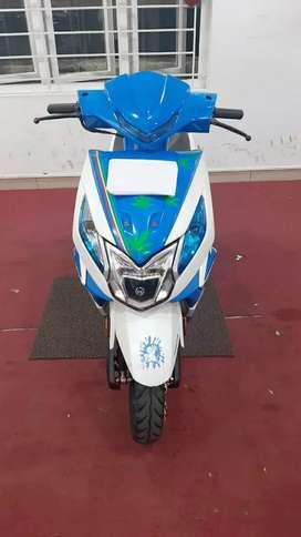 Honda dio  (2019) (8000 km)