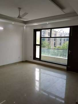 Newly Built 4BHK Flat For Rent In Saket.