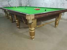 1 table for sale 6/12 Snooker table