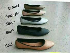 Sepatu & Sandal Flat Cantik