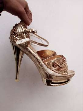 4 inch heal Bridal Shoes