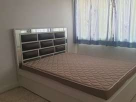 King bed for sale 60×75 dimension