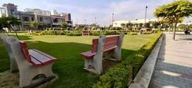 Plot 140 sq yds Good Location, Meerut