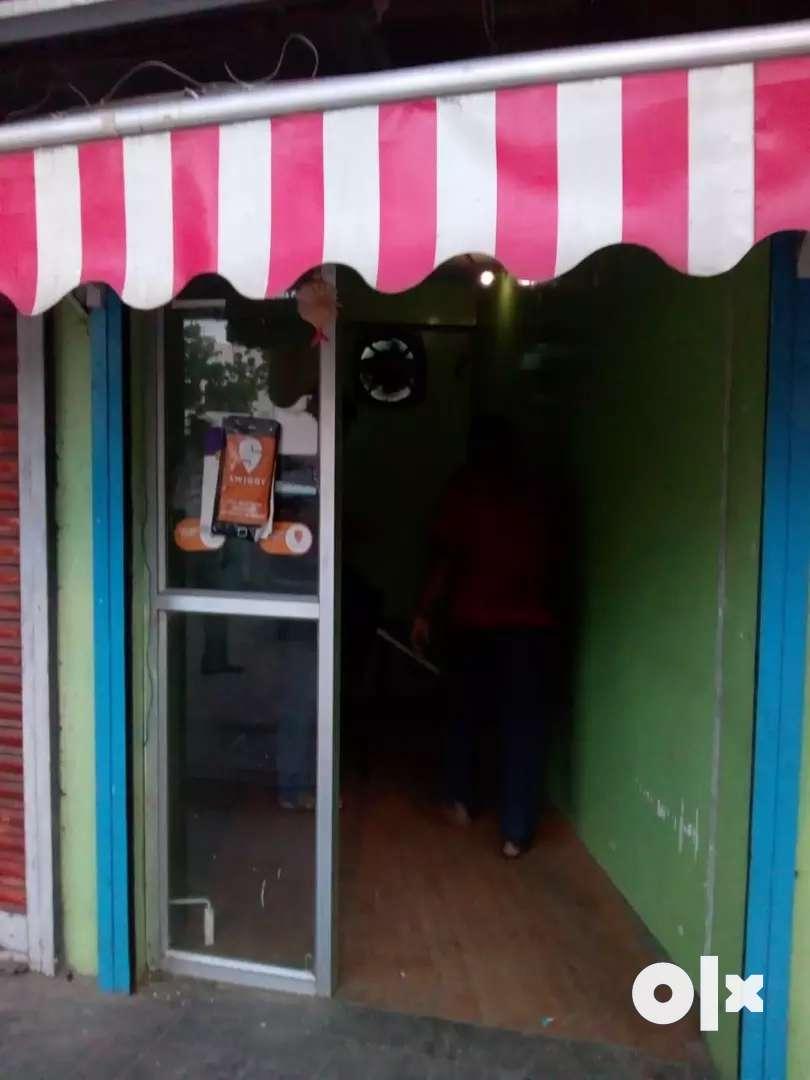 Kasba Tribarna Main Road Facing Ground Floor 110 sqft Shop Rent 20K Pm 0