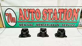 Engine mounting Nissan March/Datsun go