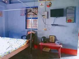 Girls hostel bachelor allow only