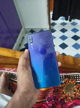 Rs 9000 1 year use redmi note 7pro