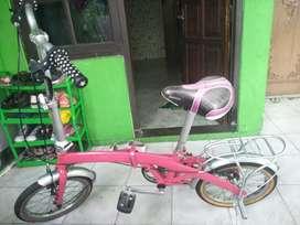 Sepeda lipat anak anak cewek