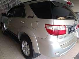 Toyota Fortuner 2012 type V 4x4