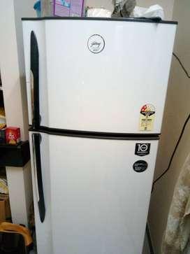 godrej eon frost free fridge