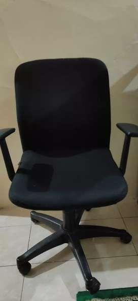 Bangku / kursi kerja