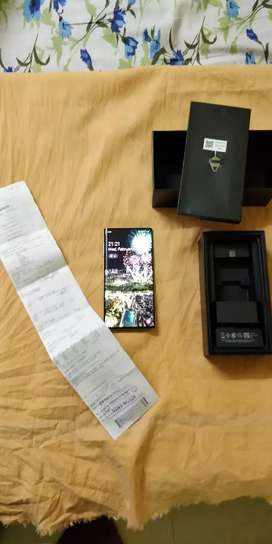 Brand New Galaxy Note 10 with all original accessories, box,bill